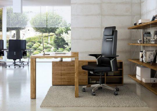Fotel gabinetowy CEO