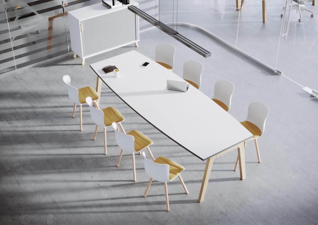 Stol-konferencyjny-drewniane-nogi