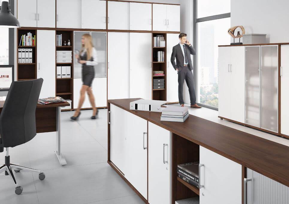 szafy biurowe w biurze